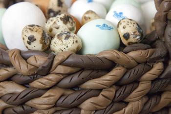 egg selection cake decoration